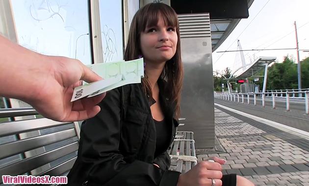 Rita captada en una estacion de tren y fo...