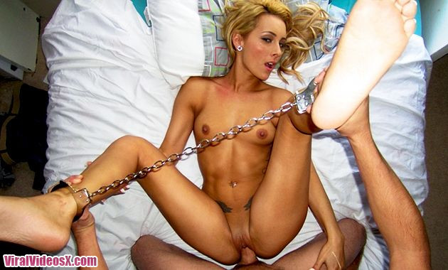 Porn Pros Tied Up Fun Nikki Seven