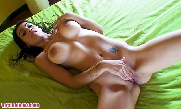 Putalocura - Argentinas Tanya Tremendo cu...