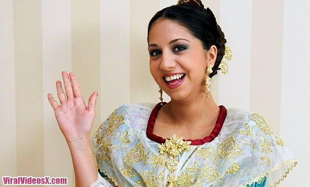 RedDevilx Julia de Lucia en Fallas o foll...