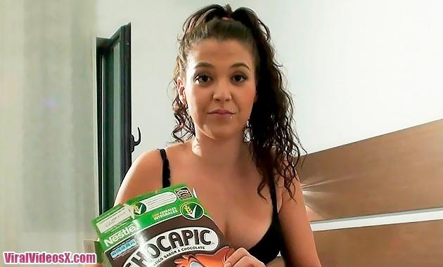 Vanesa Rio su primer video reventandole el culo [BrunoyMaria] (2014/HD/1036MB)