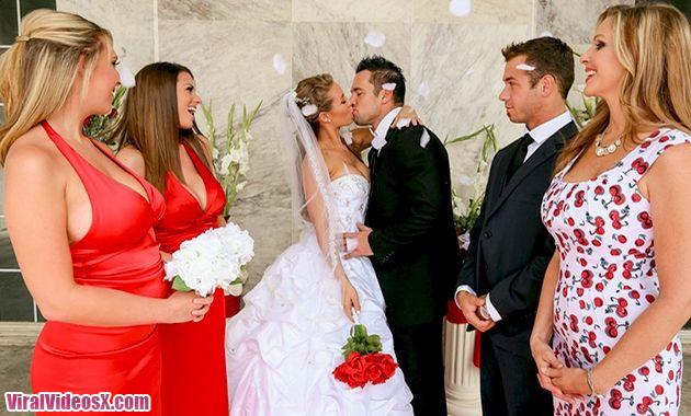 Naughty America Julia Ann, Nicole Aniston and Johnny Castle in Naughty Weddings