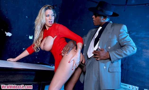 Lexi Lowe Fucked and Disorderly Loving Hi...