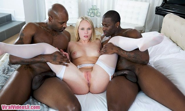 Blacked Dakota James Beautiful Blonde Screams With 2 Big Black Cocks