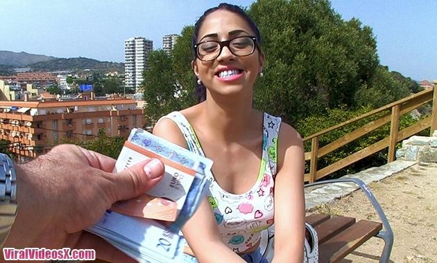 Team Skeet Teens Love Money Julia de Lucia Monkey Makes Anything Possible