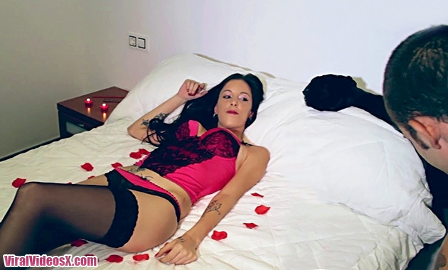 RedDevilX Nina Hot en Morena cachonda se ...