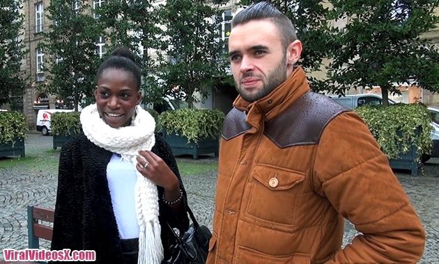 Jacquie et Michel TV Jaina 22ans senegala...