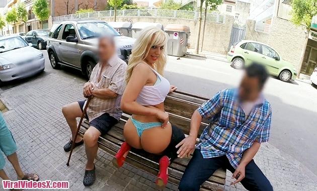 Public Bang Blondie Fesser Public FuckFes...