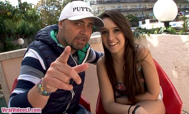 Jacquie et Michel TV Nikki a peine 18ans ...
