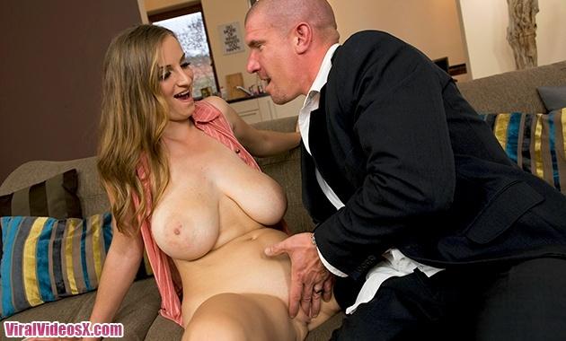 Bigs Tits Round Asses Sun Suzie Rides Som...