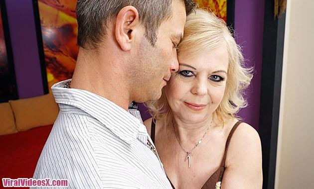 Mature NL Sabina O (50) Horny lady fuckin...
