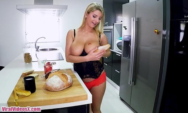 Bangbros Big Tits Round Asses Katerina Br...