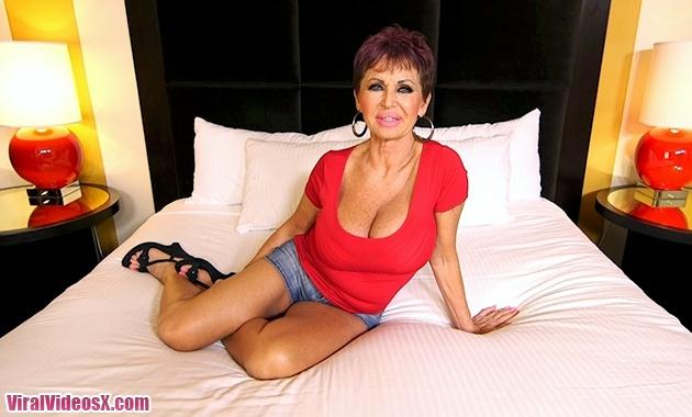 MomPov Melina Amazing Euro Slut Cougar