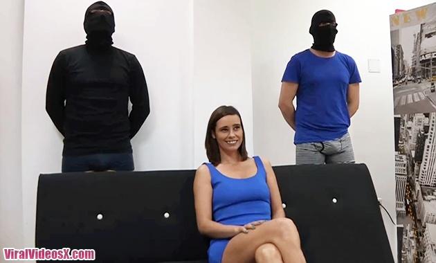 Natalia Ruso y Valentina venden su culo