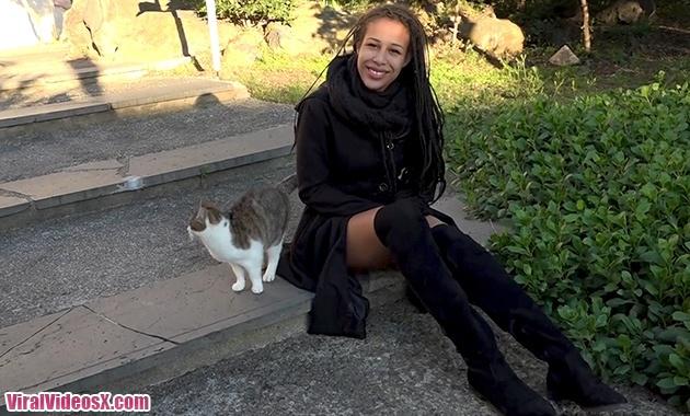 Jacquie et Michel TV Dalia 18ans petillan...