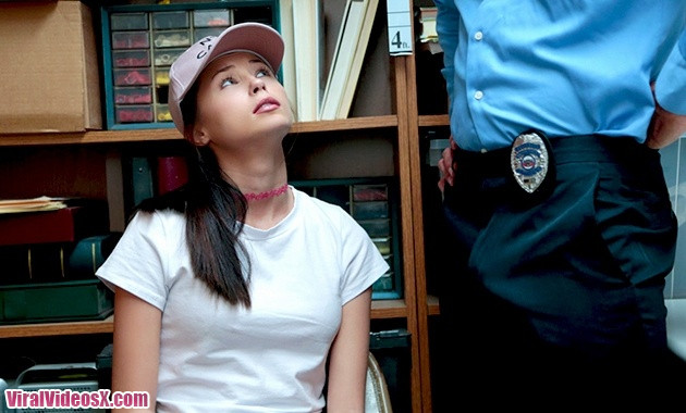 Shoplyfter - Carolina Sweets - Case 84592