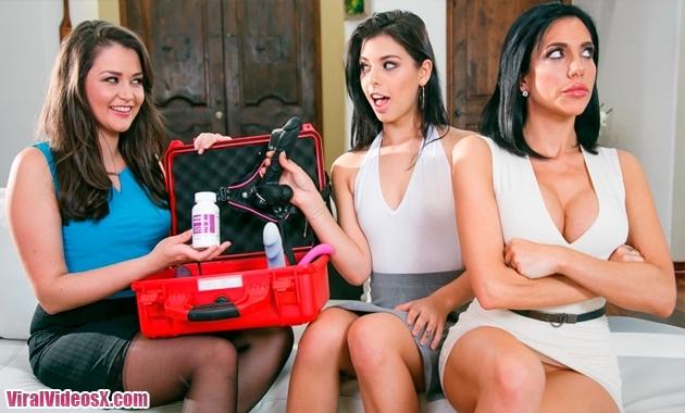 Mommys Girl - Allie Haze Jaclyn Taylor Gina Valentina Family Sexologist