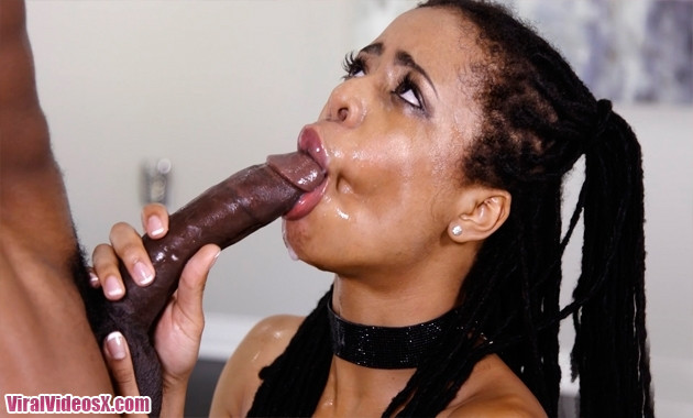 Throated - Kira Noir Ebony Throat Vs Mons...