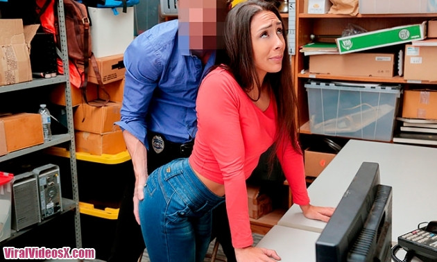 Shoplyfter Lilly Hall Case No. 1128285