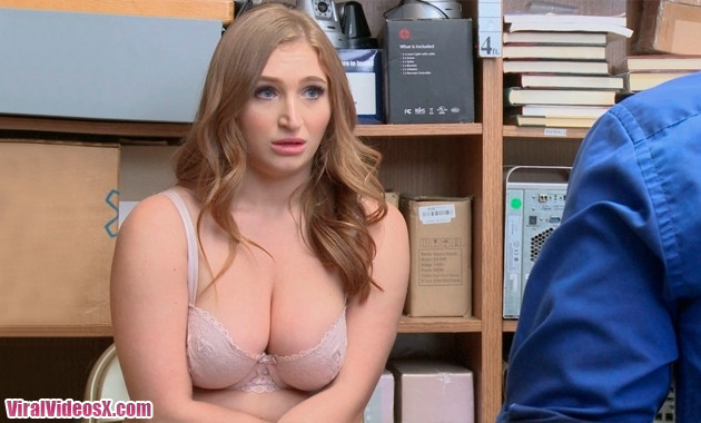 Shoplyfter - Skylar Snow Case No 80100453
