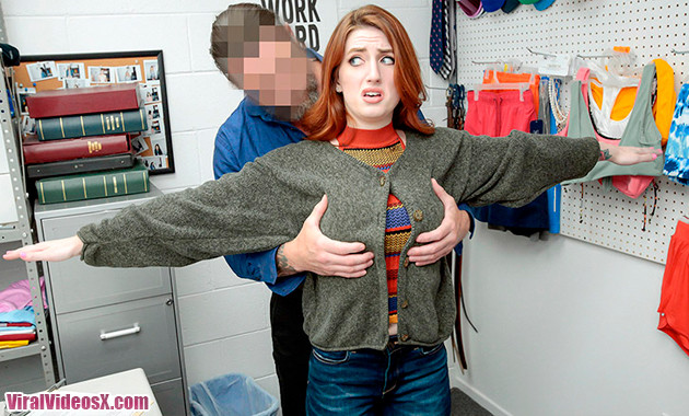 Shoplyfter - Aria Carson Under The Sweate